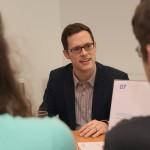 Philipp Hanske vom Aktionskreis gegen Produkt- und Markenpiraterie e. V. (APM)
