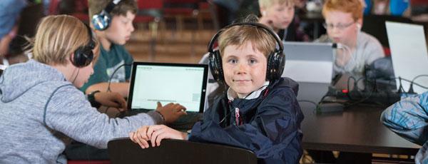 Coding, Making, Rocking mit 400 Kindern und Jugendlichen in der UFA-Fabrik
